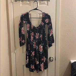 Torrid size 00 floral off the shoulder midi dress
